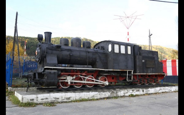 Паровоз-памятник №352