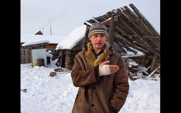 Валерий Романюк: «Сейчас на дорогах, во дворах, многих домах стоит лед. Просыхать земля будет долго. А если весна будет дружная — поплывем»
