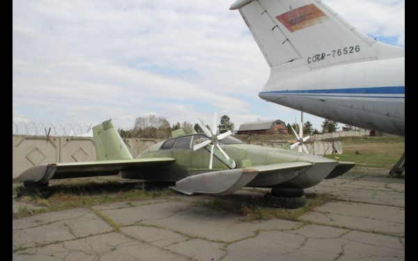 СДП-09 В.Суржика на учебном аэродроме Иркутского филиала МГТУ ГА. Фото 2016 г.