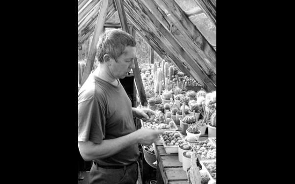 У коллекционера кактусов Сергея Соснина постановление Правительства России вызывает недоумение