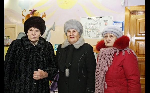 Участницы проекта (слева направо): Вера Семенова,  Раиса Смирнова  и Валентина Спицина