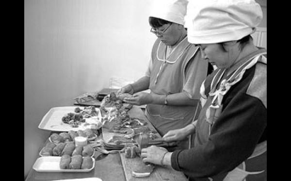 В крупных городах России натуральные полуфабрикаты пользуются большим спросом и составляют львиную долю мясного рынка.