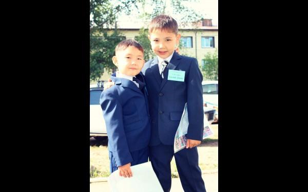 Даниил и Кирилл Альхеевы, 1 «В» класс, усть-ордынская школа №1