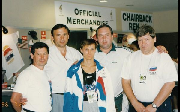 Геннадий Нестерович профессионально занимался боксом, является почетным президентом региональной федерации бокса. Перед Олимпиадой в Атланте он входил в группу поддержки иркутского боксера Альберта Пакеева, ставшего призером Олимпиады.