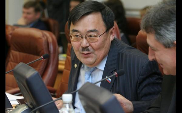 Аполлон Иванов — один из самых опытных депутатов Законодательного собрания. Он работает в областном парламенте уже третий созыв и всегда выступает в поддержку сельхозпроизводителей.