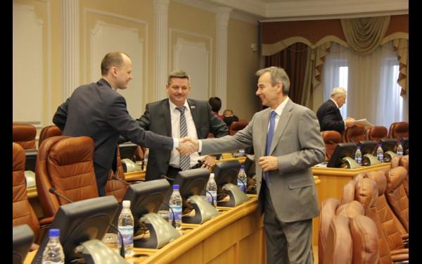 Перед сессией Законодательного собрания Иркутской области.