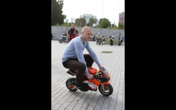 Александр Сальников, отец юного байкера