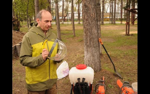 Своим опытом с иркутскими волонтёрами поделился известный  российский эколог, юрист «Гринпис России» Михаил Крейндлин