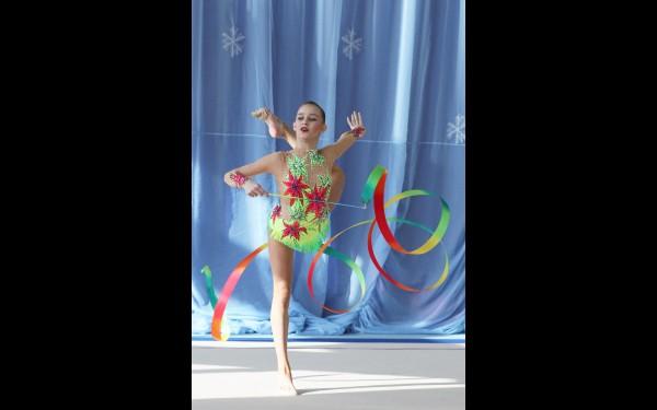 В самой престижной категории — по программе мастеров спорта — первое место заняла Алина Романова