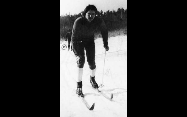 Нынешний руководитель ДЮСШ № 3 Вадим Волошин сам в свое время успешно занимался  лыжным спортом и биатлоном