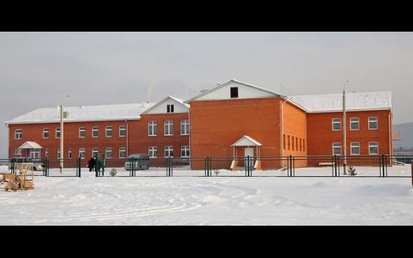 В истории одной из старейших в регионе сельской школы в селе Тутура скоро откроется новая страница