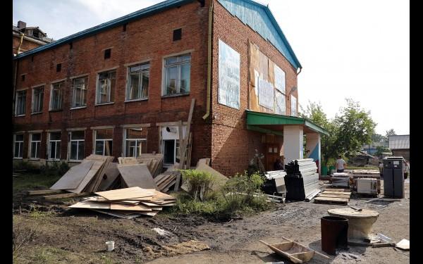 Школу решено не ремонтировать к 1 сентября, вместо нее построят новую