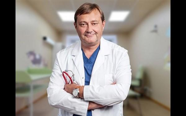 Главный врач ИМДКБ Владимир Новожилов