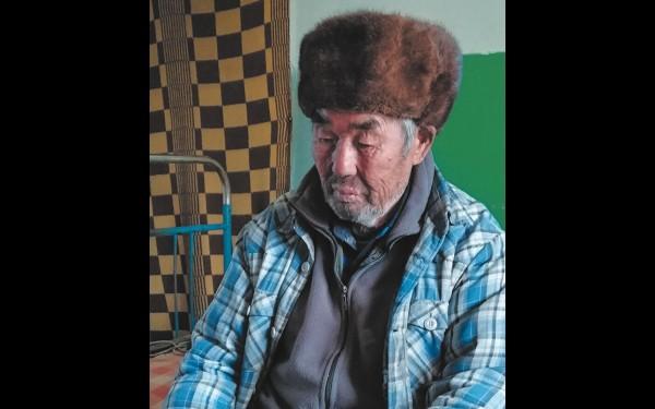 Владимир Сабаданов родился и вырос в Нуху-Нуре. Он как никто другой знает историю родного края и связанные с ней легенды и предания.