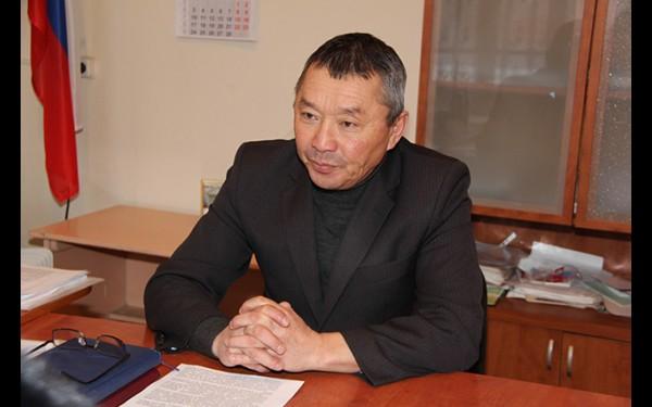 Альберт Хандархаев