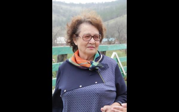 Галина Хамарханова душой болеет за свою малую родину. Она уверена, что сохранить родной язык невозможно без познания истории и культуры, зарождения и развития нации.