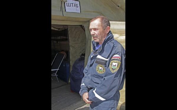 Спасатель Валерий Наумов: «Мы работали полным составом все выходные, эвакуировали людей, отсыпали дамбы и подмытые дороги».