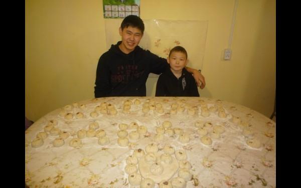 Денис Монхоев