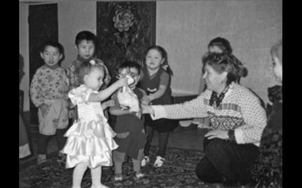 В группах семейного типа все детишки -- только родственники