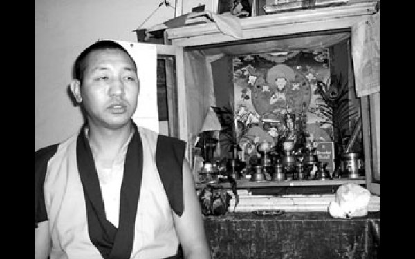 Гендун-лама и все бурятские паломники, съездившие в Элисту, дружно отмечают гостеприимство и доброжелательность калмыцкого народа.