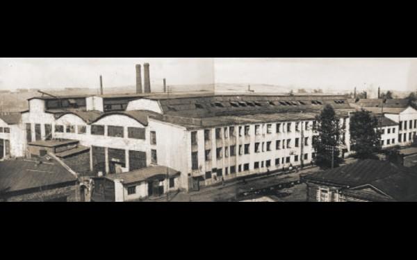 Во время Великой Отечественной войны площадь сталелитейного цеха  увеличили на 47%