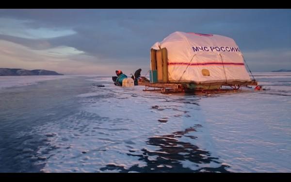 Работы продолжились, когда на Байкале встал крепкий лёд
