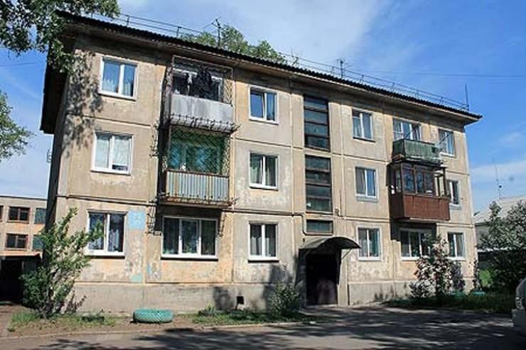 Снос самого старого дома серии 1-335 позволит выяснить многое, в том числе и судьбу десятков тысяч его собратьев по всему бывшему Союзу. Завершить все работы в Ангарске планируется до 15 декабря.