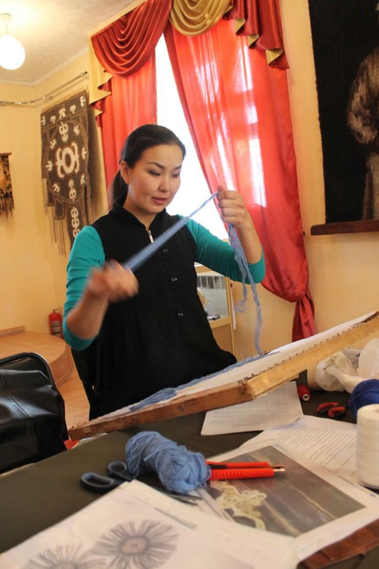 Екатерина Осипова восстановила старинный метод плетения по музейным фотографиям