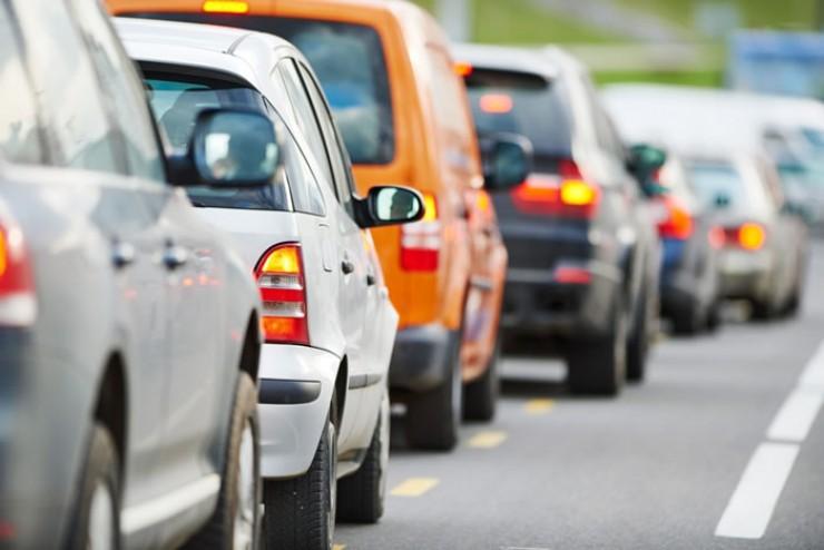 Владельцы авто мощностью до 150 лошадиных сил теперь будут платить 50% транспортного налога. Нововведение коснется сотен тысяч жителей региона.