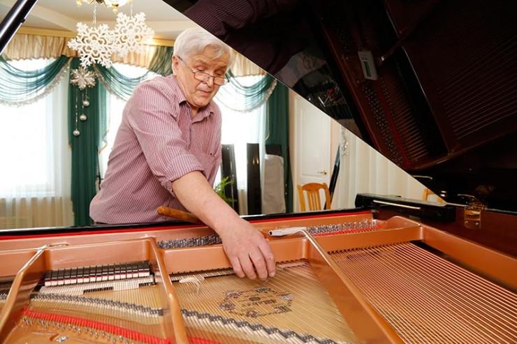 Настройка главного приза — рояля