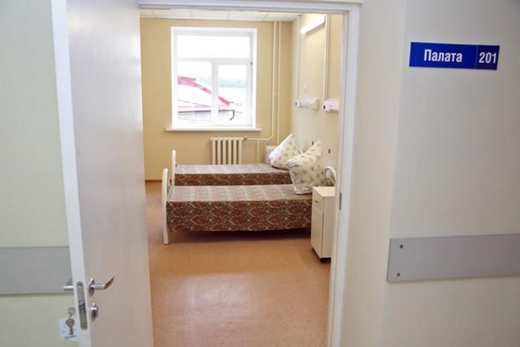 Вот так выглядят палаты в новенькой Аларской районной больнице, которая находится в поселке Кутулик. Теперь эта больница — лучшая  в Усть-Ордынском округе