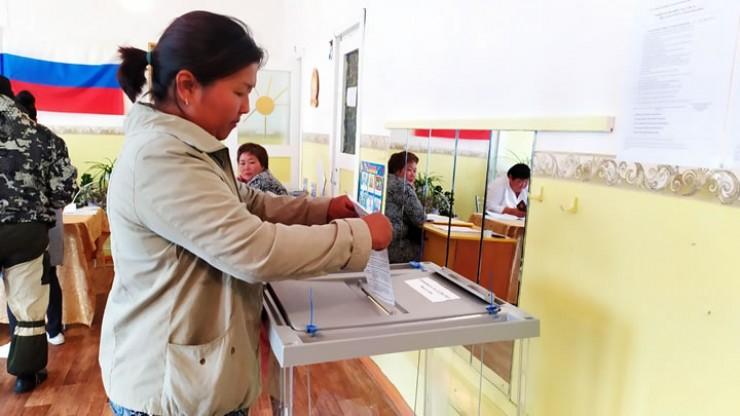 Жители Усть-Ордынского округа традиционно показали высокую явку в день голосования