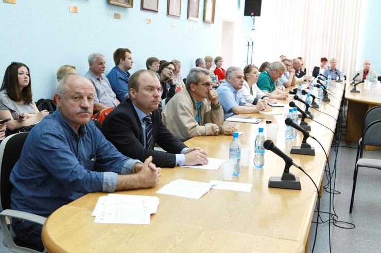 В ходе работы пленума были обсуждены вопросы подготовки специалистов по защите информации, научно-практические аспекты деятельности