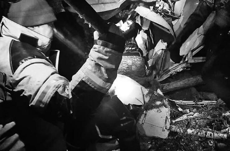 Обломки самолёта обнаружены в 2 км от села Казачье на острове. Поиски осложнял туман
