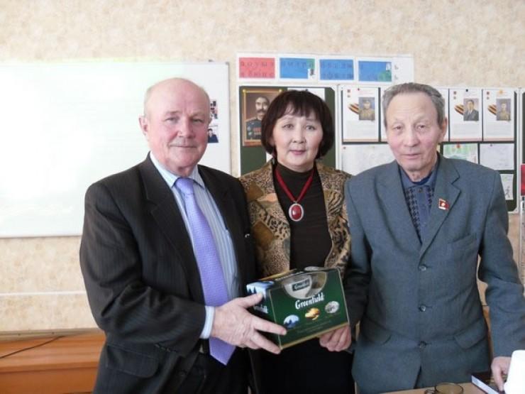 Александр Бархатов (слева), Мария Баргеева и Семен Бадуев