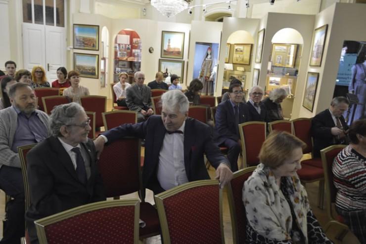Доцент Иркутского госуниверситета Игорь Петров учился в те же годы, что и Андрей Румянцев. Им есть что вспомнить о том времени.