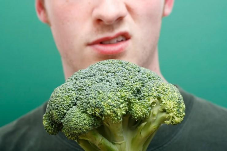 Мужчины обычно терпеть не могут брокколи и цветную капусту. Медицина считает, что эти виды капусты ухудшают мужское здоровье.
