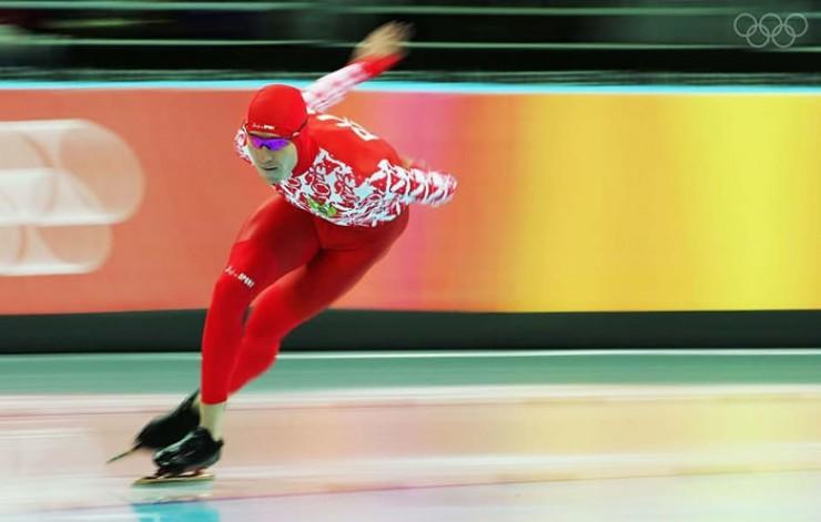 Былые достижения иркутских конькобежцев. Артем Детышев — воспитанник ангарской конькобежной школы, членолимпийской сборной России вТурине (2006 г.).