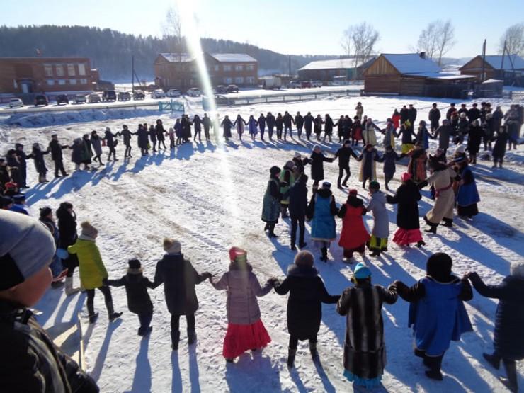 Во флешмобе «Глобальный ёхор» в этом году участвовали свыше 200 жителей сельского поселения и гостей Хохорска