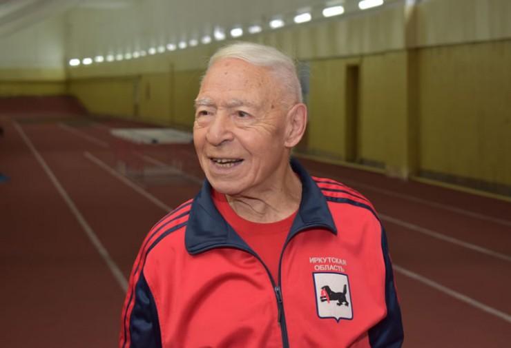 Рекордсмен мира среди 90-летних — Константин Познянский