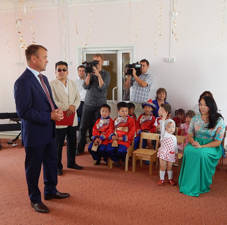 Губернатор побывал в новом детском саду «Сказка»