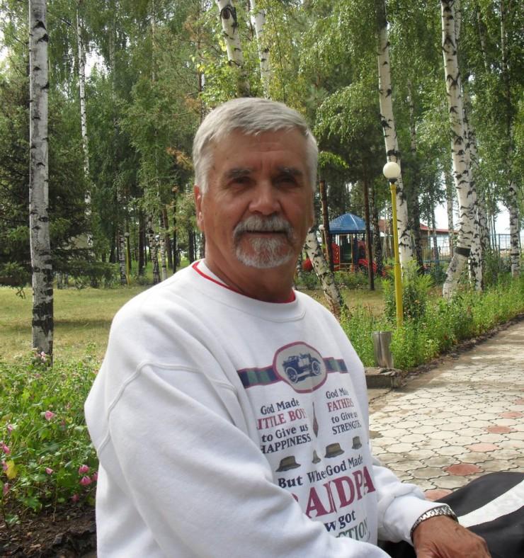 Виктор Тюменцев продолжает успешно заниматься бегом
