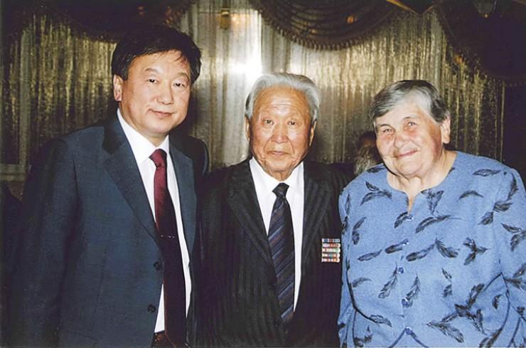На 80-летнем юбилее Георгию Петрову желали весело отметить 90 лет. Теперь близкие будут ждать 100-летия.