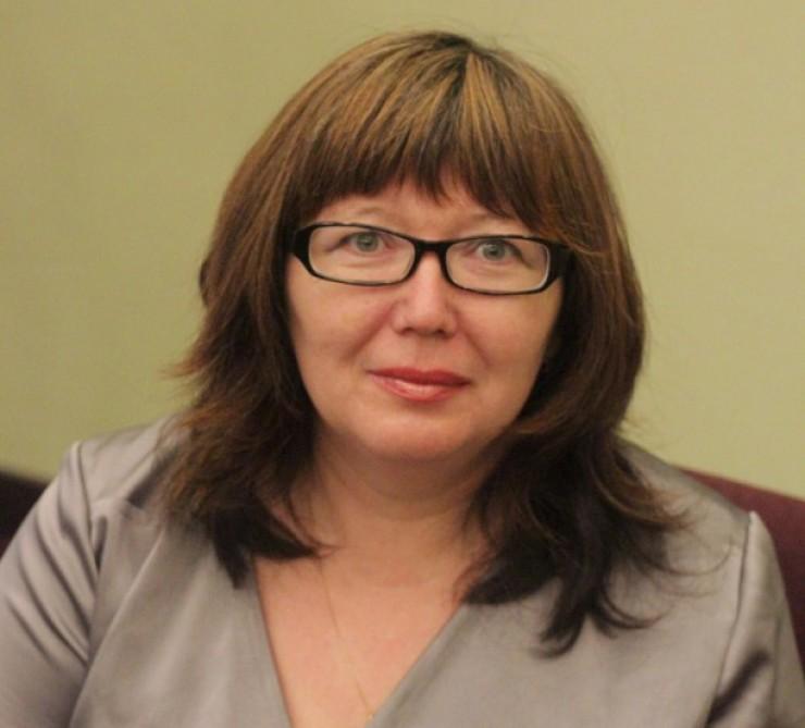 Надежда Николаева — предприниматель из Иркутска. Новую акцию по уборке на острове она планирует на 3—8 июня 2015 года. Заявки на участие в акции можно подавать уже сейчас. Звонить надо по номеру 968-769