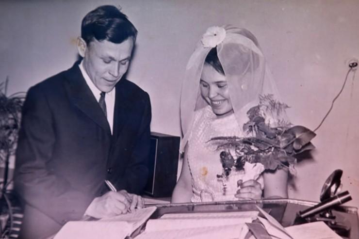 Фото полувековой давности. За всю долгую совместную жизнь Киргизовы ни разу не дали усомниться  в искренности своих отношений