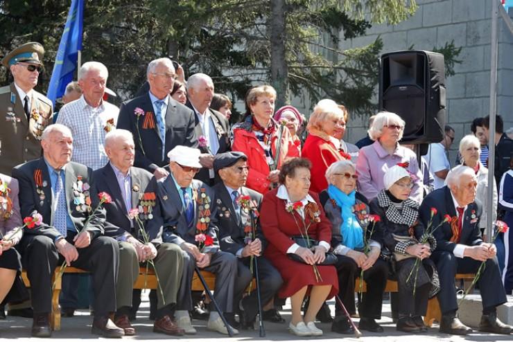 Главные действующие лица торжества, посвящённого Дню Победы, — ветераны