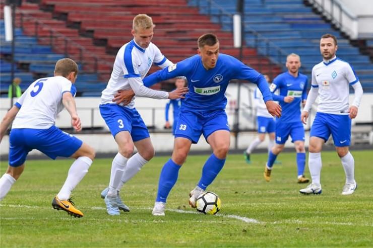 В последней игре сезона иркутский «Зенит» на своем поле встречался с «Динамо-Барнаулом». Команды сыграли вничью 1:1