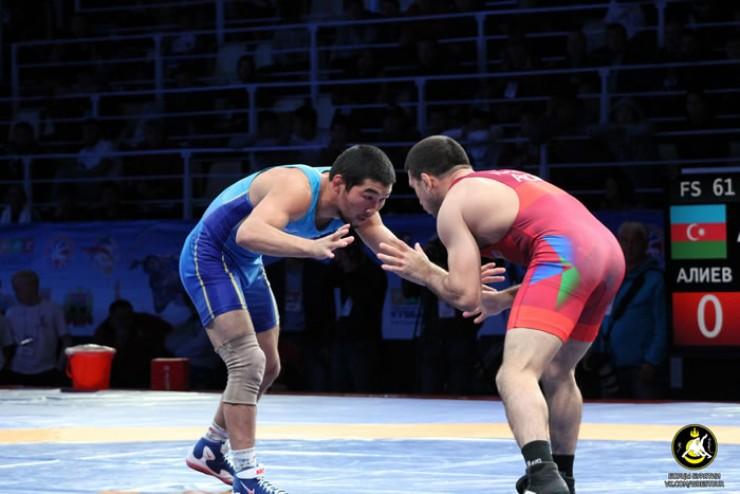 Юлиан показал хороший результат, победив всех соперников
