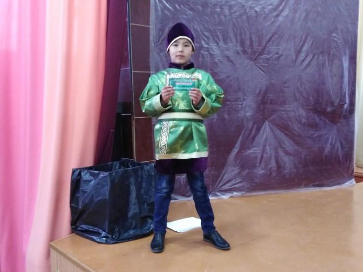 Руслан Табаров стал открытием турнира. Мальчик дошел до 10-го круга, после чего ссостязаний его сняла тетя.