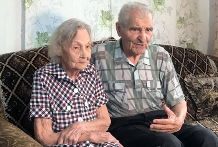 Пётр Семёнович и Раиса Владимировна никогда не ставили вопрос, кто в доме главный. Возможно, в этом секрет крепкой семьи